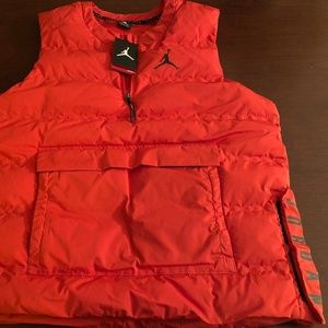37cacfd31fea37 Nike Jackets   Coats - JORDAN 23 TECH Training Gilet Gamma Orange